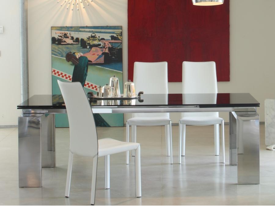 Bonaldo Tom table