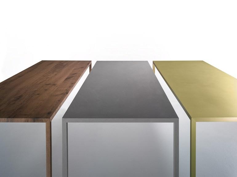 MDF Italia Tense material table
