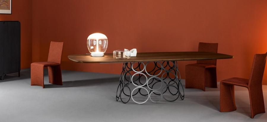 Bonaldo Hulahoop table