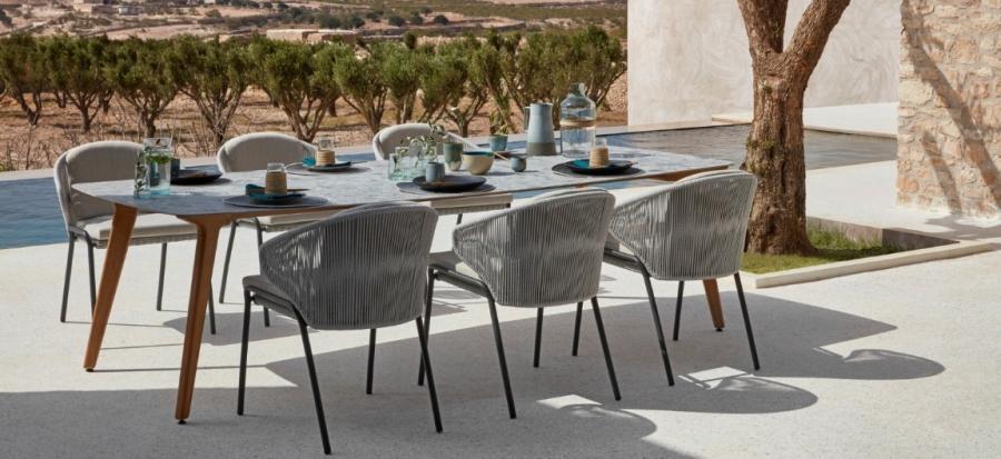 Manutti Torsa Table