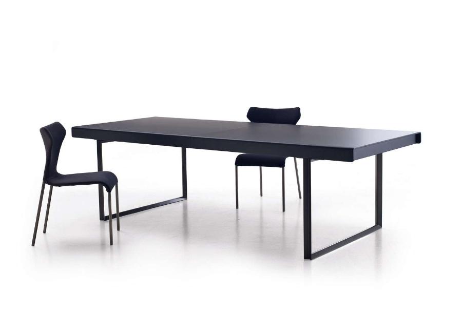 B&B Italia Athos '12 Table